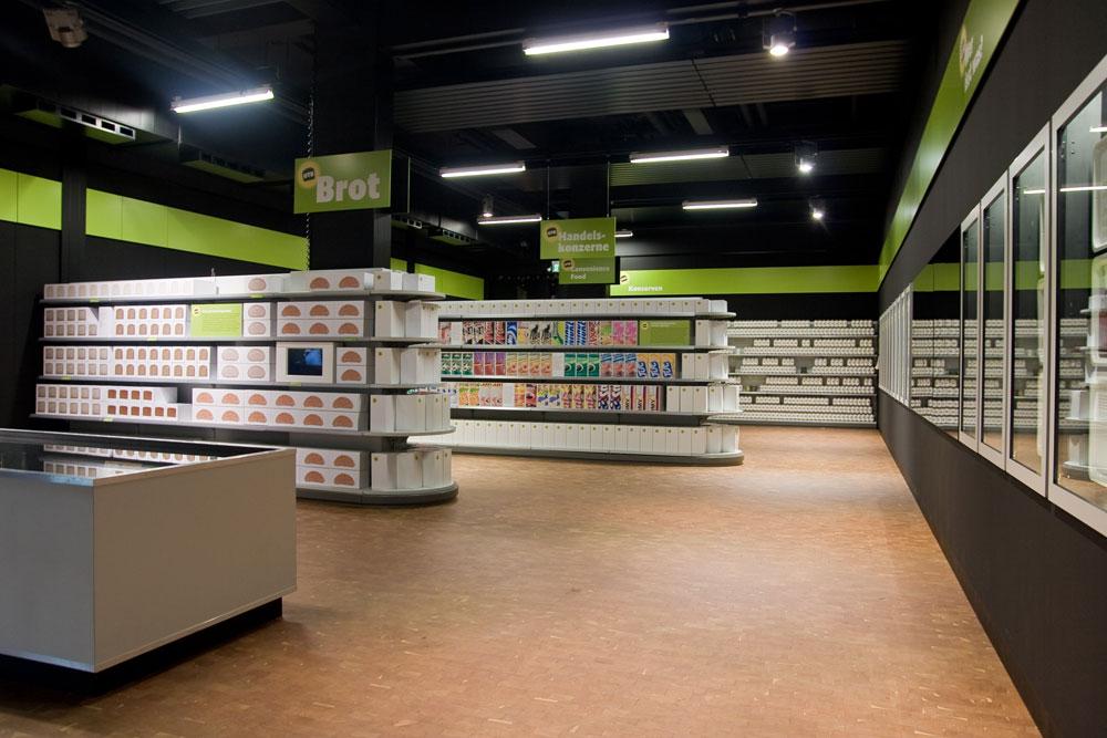 Supermarkt in der Ausstellung »Unser täglich Brot« im Technoseum Mannheim