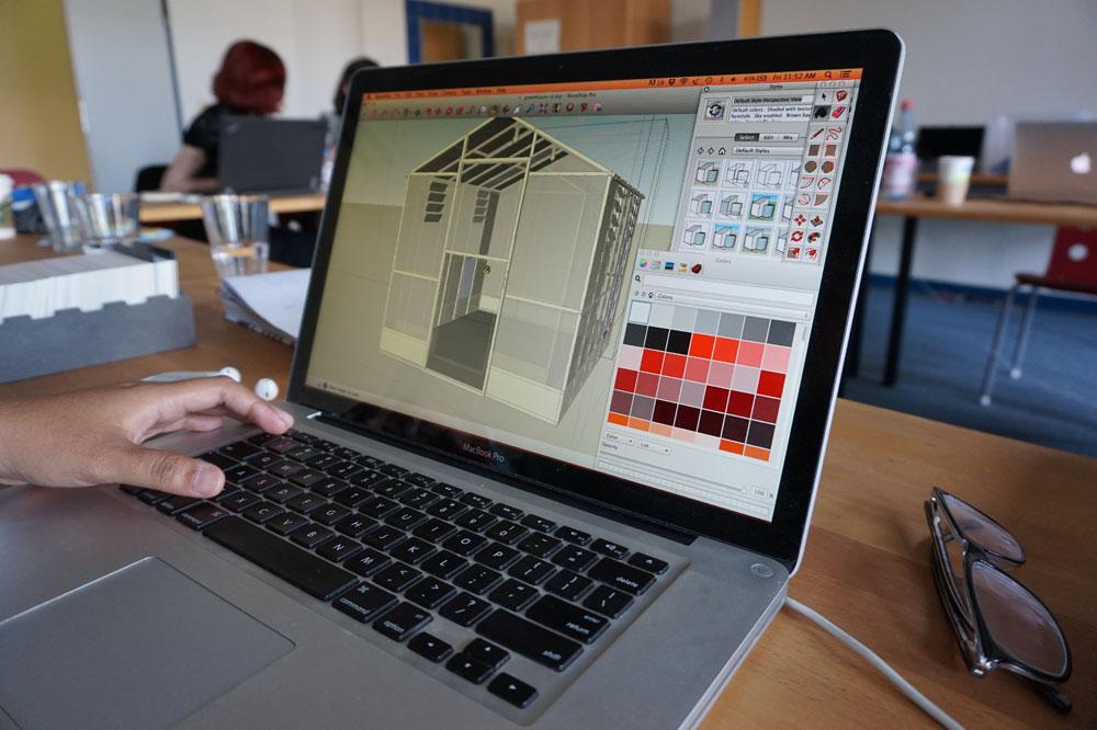 Bearbeitung der Aufgabe des Workshops »The True Colours of Exhibition Design« der Summer University an der UdK Berlin